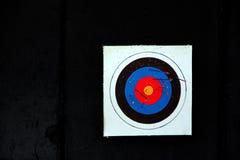 Zielbogenschießen und viel Pfeil. Stockbild