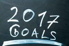 Ziele der Aufschrift 2017 es Liste gezeichnet mit Kreide auf einer Schultafeldunkelheit Stockfotos