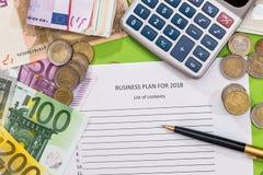 2018 Ziele des neuen Jahres mit Euro, Stift Stockfotos