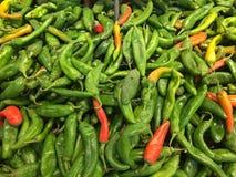 Zieleni chile pieprze Zdjęcia Royalty Free