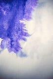 Zieleni i czerwieni kleksów plamy na białym papierze Zdjęcia Stock