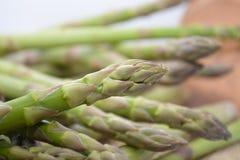 Zieleni Szparagowi warzywa Obrazy Stock