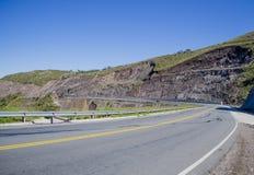 Zieleni wzgórza drogowi Zdjęcie Stock