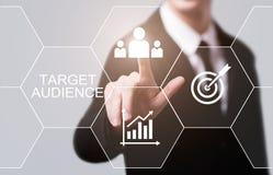 Zielgruppe-Marketing-Internet-Geschäfts-Technologie-Konzept lizenzfreie stockbilder