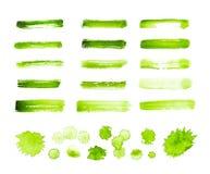 Zielona akwarela muska i plamy odizolowywać na białym tle royalty ilustracja