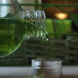 Zielona champu kropla Fotografia Stock