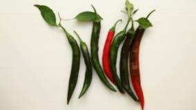 zielona chili czerwień zbiory