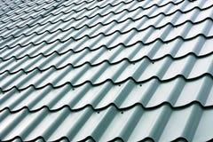 Zielona dachowa budowa Fotografia Royalty Free