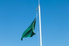 Zielona flaga plaża Obrazy Royalty Free