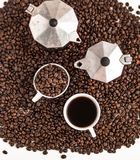 Zielona herbata W białej filiżanki tła Białym aromaCoffee, kawowej fasoli kawa w białej filiżanki miłości kawowym Kawowym tle Zdjęcia Royalty Free