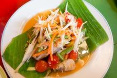 Zielona melonowiec sałatka z krabem, somtum tajlandzki jedzenie Obraz Royalty Free