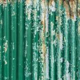 Zielona ośniedziała cynk ściana Obrazy Royalty Free