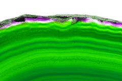 Zielona podłużna agata plasterka kopalina odizolowywająca na bielu Zdjęcia Royalty Free