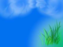 Zielona trawa i niebieskie niebo Obrazy Royalty Free