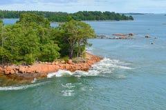 Zielona wyspa w archipelagu Obrazy Royalty Free