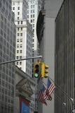 Zielone Światło Na Wall Street Zdjęcia Royalty Free