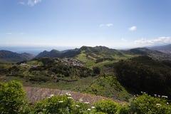 Zielone Anaga góry lekkie cień target4133_0_ Tenerife Zdjęcia Stock