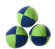 Zielone błękitne kuglarskie piłki Zdjęcia Royalty Free