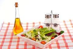 zielone butelki oleju pieprzu sałatkę soli Fotografia Stock