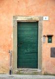 zielone drzwi stary Obrazy Royalty Free