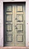 zielone drzwi stary fotografia royalty free