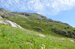 Zielone góry, niebo Zdjęcie Stock