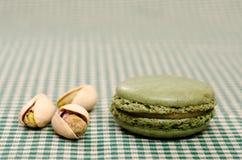 Zielone Macaron mit pistacje Zdjęcia Royalty Free