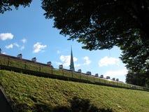 Zielonego budynku dachu budynku Naturalny Stary wierzchołek w Ryskim Latvia 2014 Zdjęcia Royalty Free