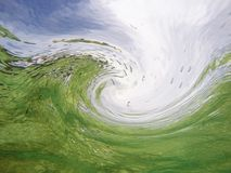 Zielonego morza fala od podwodnego Zdjęcia Royalty Free
