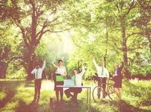 Zielonej biznes drużyny konserwaci Środowiskowy pojęcie zdjęcia royalty free