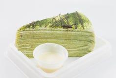 Zielonej herbaty krepy tort obraz stock