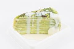 Zielonej herbaty krepy tort zdjęcia stock