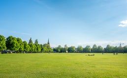 Zielonej trawy pole w Cambridge Zdjęcia Stock