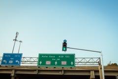 Zielony światła ruchu przy skrzyżowaniem w Izrael Fotografia Royalty Free