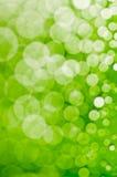 Zielony abstrakcjonistyczny defocused tło obrazy stock