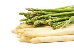 zielony asparagusa biel zdjęcia stock