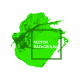 Zielony atramentu muśnięcia farby uderzenie z szorstkimi krawędziami na białym tle Obraz Stock