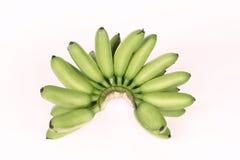 Zielony banan & x28; Pisang mas& x29; odizolowywający na białym tle Fotografia Royalty Free