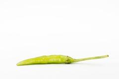 Zielony chili pieprz na białym tle Obrazy Royalty Free