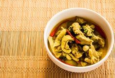 Zielony curry z kurczakiem, Tajlandzki jedzenie Obrazy Royalty Free