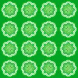 Zielony deseniowy tło symetrii kalejdoskop odzwierciedlający royalty ilustracja