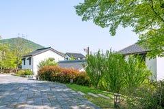Zielony drzewo i dom w Zhuxian sztuki bloków widoku Obraz Stock