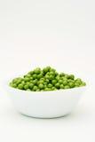 zielony groszek misek świeże Obrazy Royalty Free