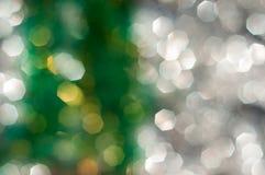 Zielony i biały bokeh zaświeca defocused, abstrakcjonistycznego tło, Obraz Stock