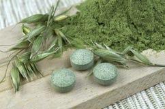 Zielony jęczmienny detox chlorella Fotografia Royalty Free