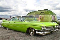 Zielony klasyk z przyczepą fotografia stock