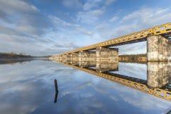 Zielony kolejowy most Obrazy Royalty Free