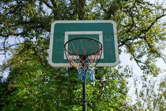 Zielony koszykówka kosz Zdjęcia Stock