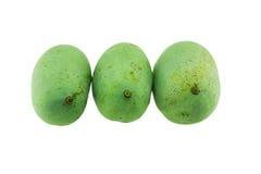 Zielony mango odizolowywający na białym tle Zdjęcie Royalty Free