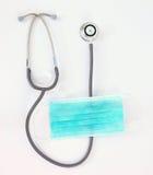 zielony maskowy medyczny stetoskop Obrazy Stock